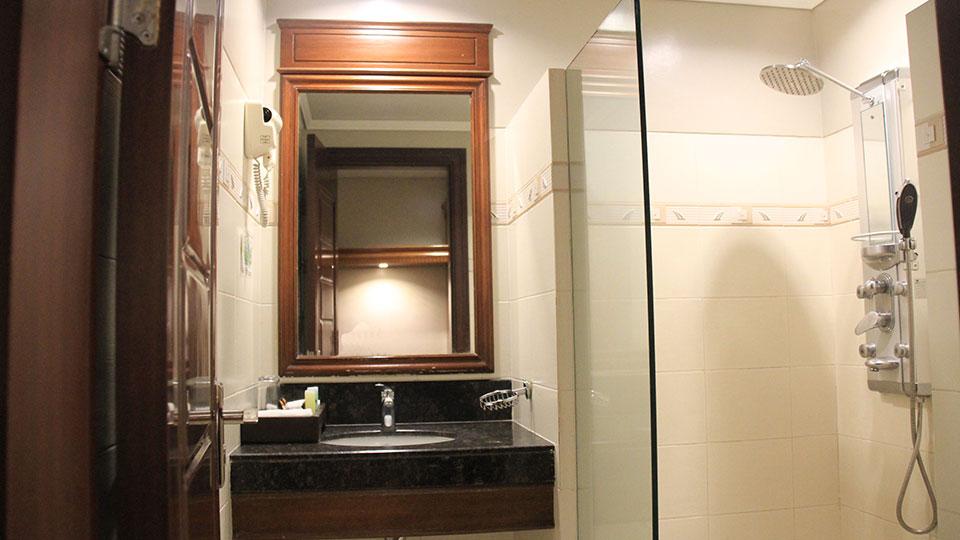 standard-room-03